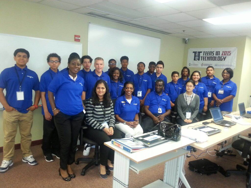 Arti Deore Choudhary leads a UMBC workshop for aspiring cybersecurity and technology students
