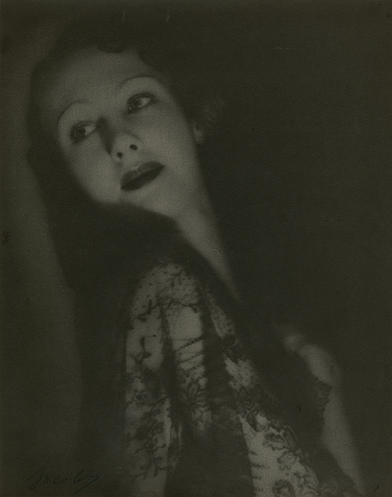 Lotte Jacobi, Marlene Dietrich, 1929 Platinum print, Accession no. P2013-31-014, Gift of Louis Klaitman